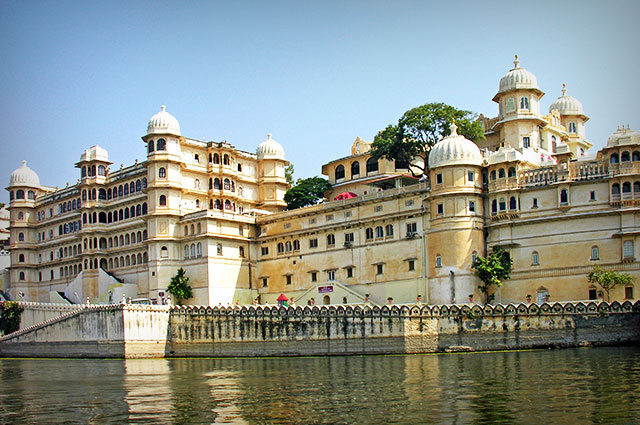 AHMEDABAD AND UDAIPUR TOUR